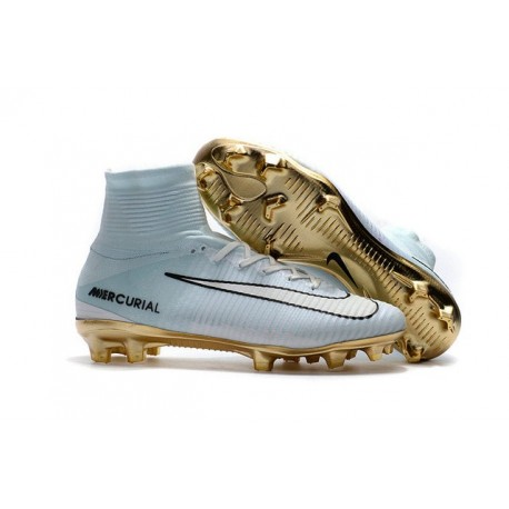 immagini scarpe da calcio nike