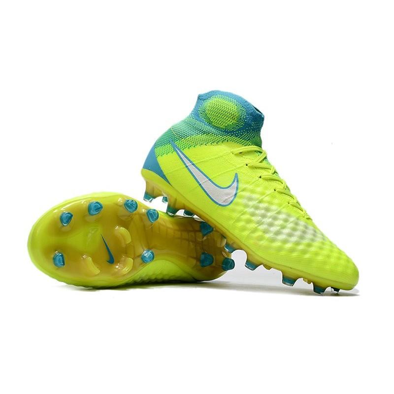 scarpe calcio nike magista alte