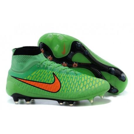 scarpe da calcio verdi