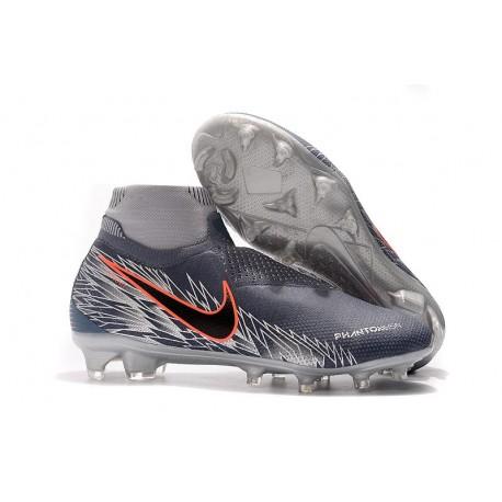 Scarpe Per Gli Uomini Nike Phantom Vision Elite DF FG Victory Pack Grigio