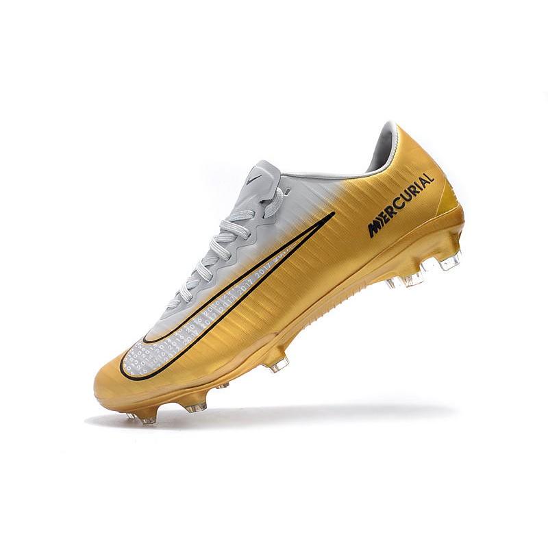 429e86274 11 Scarpe Calcio Bianco Fg Oro Cr7 Nike Mercurial Vapor rr1Iqd