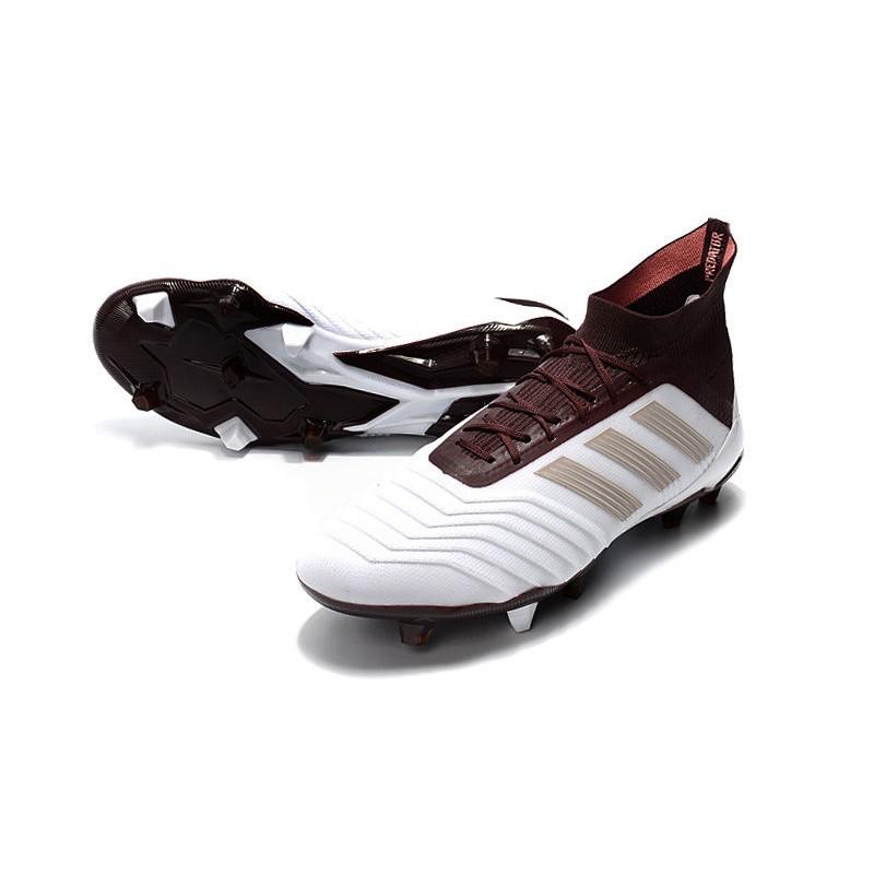 sports shoes 2fce9 e6473 Calcio Bianco Marrone Predator Da Fg Adidas 1 2018 Scarpe 18 nxP8PO6